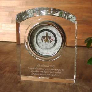 自社の会長就任のお祝いに世界時計