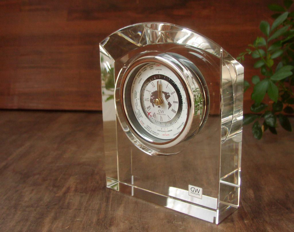 取引先会社の社長就任お祝いに世界時計のギフト