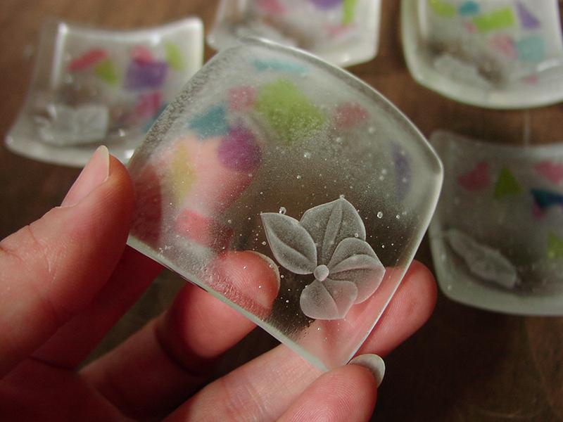 ガラスの箸置き 空
