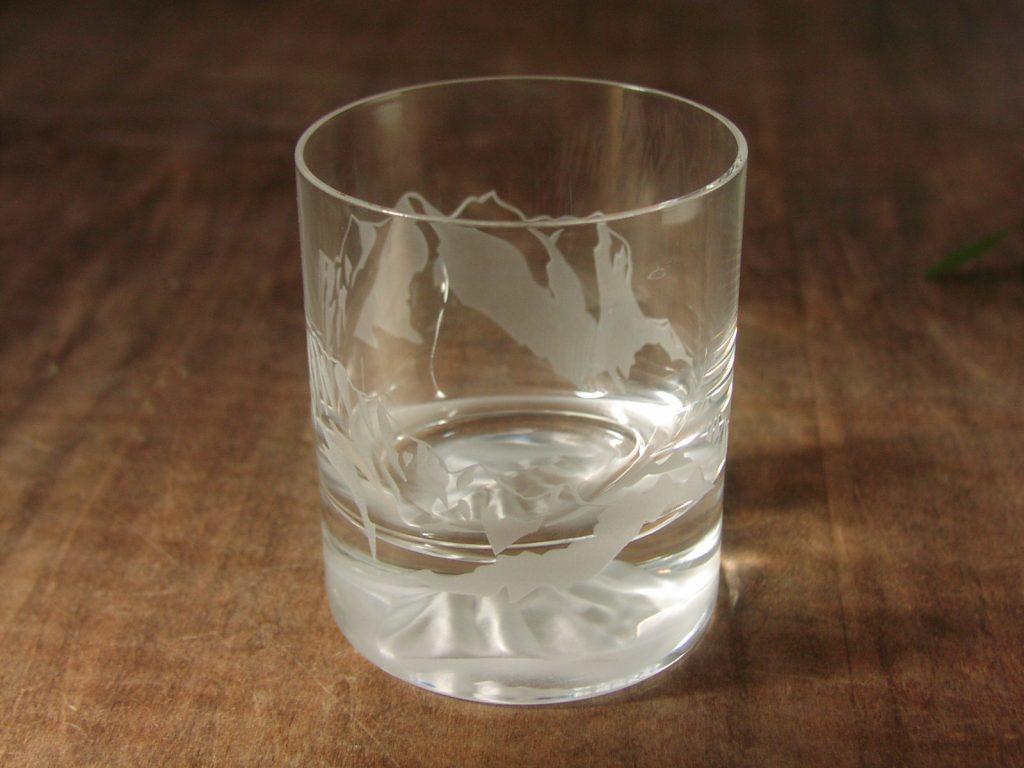 半端ない輝きは屈折率の高いガラス